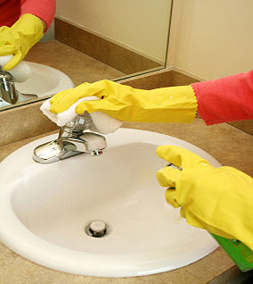 bathroom cleaning 1